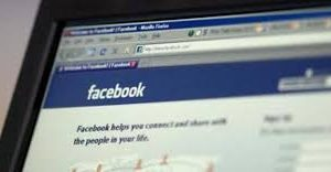 What are the Pros or Cons of Facebook